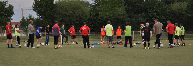 Trainer beim Training 7-7-14