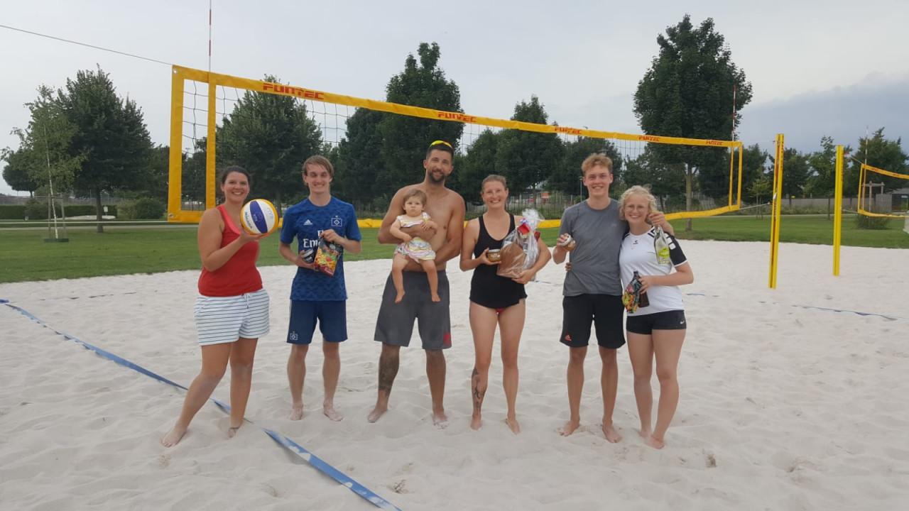 Strandfeeling im Sportpark - internes Beachturnier der Volleyballabteilung