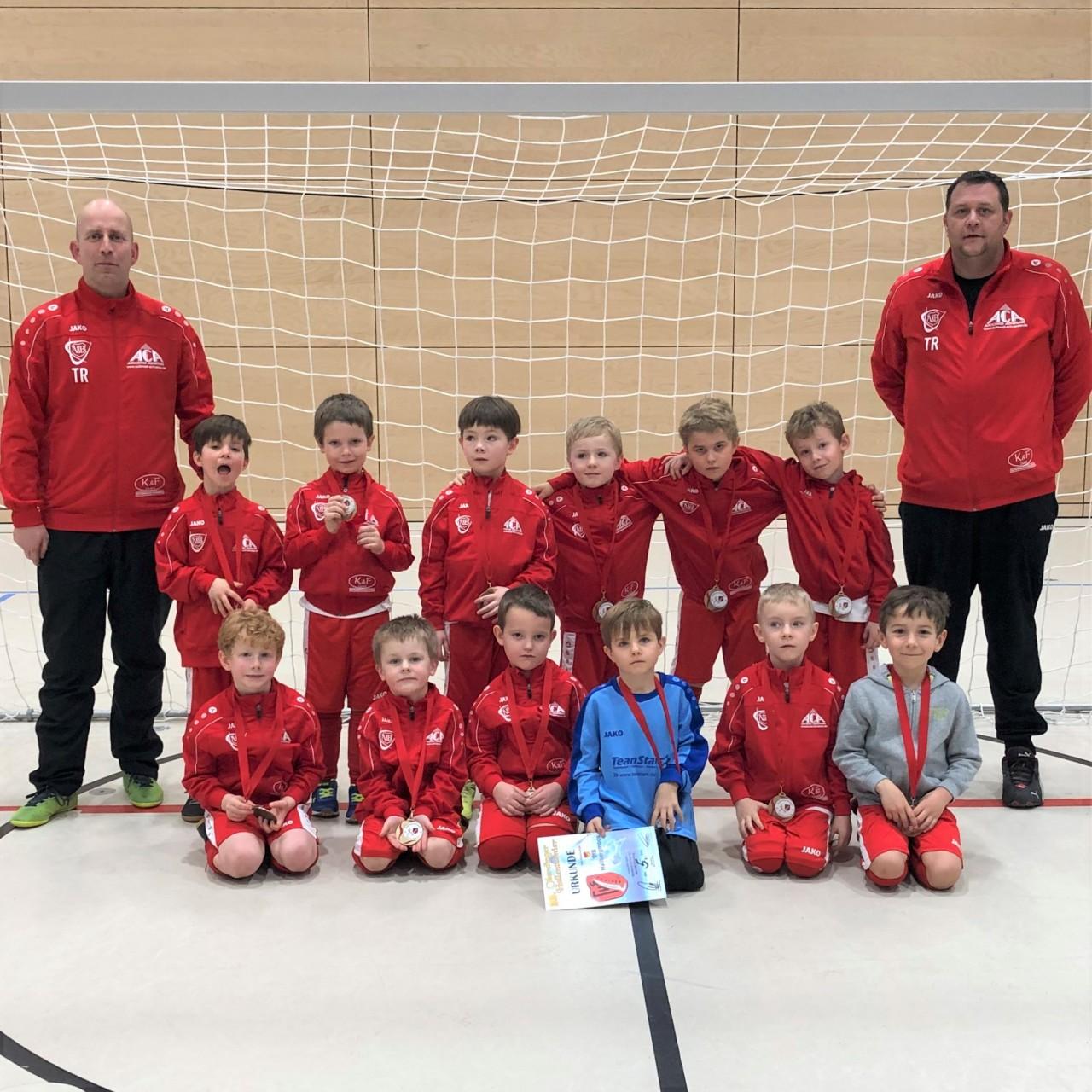 Die jüngsten VfB'ler spielen ihre ersten beiden eigenen Hallenturniere