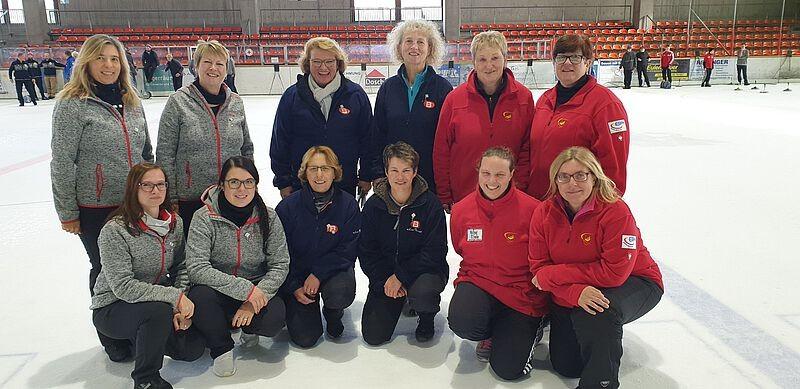 Damen 1 werden dritte beim Bezirkspokal auf Eis
