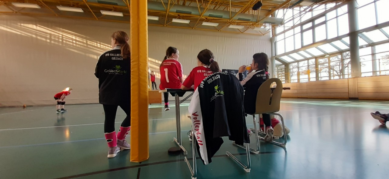 Erfolgreicher Saisonabschluss der U12 in der Hallberghalle